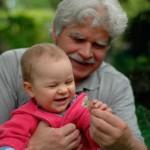 Bogdan z wnuczką Anią. 8 i pół roku po usłyszeniu diagnozy (2008-05-09)